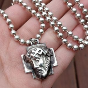 Jewelry - Vintage sterling silver Jesus necklace